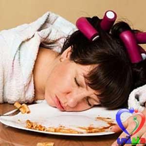 اضرار العشاء قبل النوم بشكل مباشرة